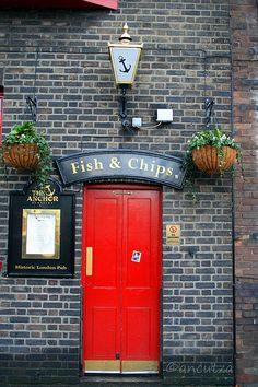 Anchor Bankside Pub, 34 Park St, Southwark, London (near London Bridge.) British fish & chips and pub food. British Pub, British Isles, British Country, British Style, Fish And Chips, Ville France, Pub Signs, London Pubs, London City