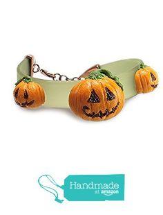Halloween Pumpkin Bracelet ~ Food Jewelry from HugsKissesMINI… Halloween Pumpkins, Bracelet, Amazon, Handmade, Jewelry, Food, Halloween Gourds, Amazons, Hand Made
