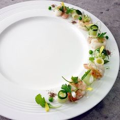 Andaman White prawns, recipe and plating by chef Wuttisak on IG #plating #gastronomy
