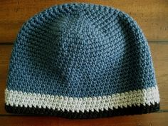 "Ravelry: The PERFECT Winter Beanie free pdf pattern by Kate Alvis  how this can be the PERFECT winter beanie? Well, it will fit men, women & kids with head circumference from 21"" to 24"". You can make it in any color combo or yarn type (pattern calls for worsted weight). It's made with a tight stitch (no holes)which will keep your head warm. A favorite of guys with shaved heads so they won't feel the breeze!"