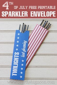 Free Printable 4th of July envelope for sparklers or glow sticks.