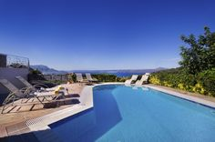 Holiday villa rental in Chania. Luxury Holiday Villa Nicolas in Plaka, Chania. Holiday Villa Nicola located at Plaka, Chania and is a do. Hillside Villas, Crete Holiday, Crete Island, Villa With Private Pool, Double Deck, Luxury Holidays, Building, Beach, Outdoor Decor