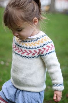 f28fbdccfc71 Marieke Sweater at Makerist Baby Sweater Knitting Pattern