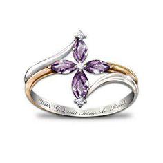 beautiful ring - ya, it's really pretty