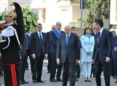 Celebrazione primo maggio - anno 2012 Il presidente Giorgio Napolitano si appresta a rendere omaggio alle vittime di incidenti sul lavoro