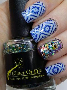 Blue Stamping - Leonie's Nailart