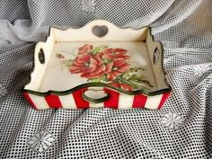 Red Kitchen, Scissors, Diy And Crafts, Baskets, Craft Projects, Crafting, Create, Paper, Holy Ghost
