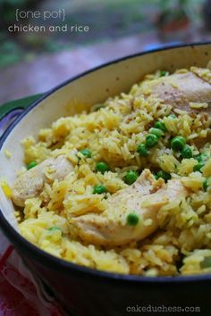 A simple and delicious one pot chicken and rice dish with peas and saffron.