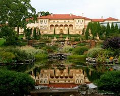 Philbrook Museum - In 1926, Edward Buehler Delk was hired to design an Italian Renaissance villa on 23 acres by oilman Waite Phillips. In 1938 Phillips announced his gift of the 72-room mansion and surrounding 23 acres of grounds as an art center for the city of Tulsa. The vision first made possible by Waite and Genevieve Phillips is now one of America's finest art museums.