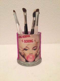 Hey, I found this really awesome Etsy listing at https://www.etsy.com/listing/166632880/marilyn-monroe-inspired-makeup-brush