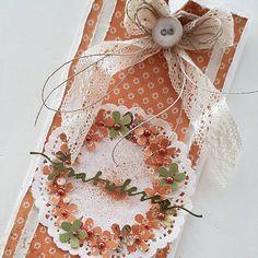 "134 likerklikk, 8 kommentarer – Mette Rønning Buskum (@mettebuskum) på Instagram: ""Bursdagskort 💛 #kort #hjemmelaget #scrapping #card #happybirthdaycard #craft #papercraft #mettekort…"""