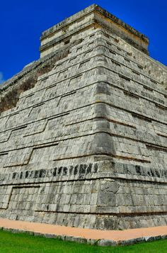 Chicen Itza - click through for guide to the Riviera Maya #Mexico. This is an awesome day trip!