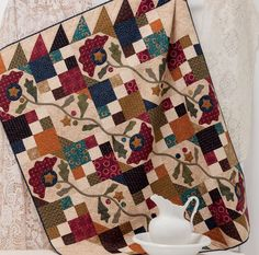 """WISH-LIST DAY! Get a sneak peek at new quilt books coming your way, like this """"Garden Bramble"""" quilt by Kim Diehl—her contribution to the new book A Flair for Fabric."""