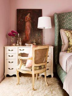 via Bijou and Boheme -- Bedside Desk/Vanity.  Love the art, the colors, the fluffy fluffy femme-iness.