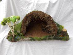 Jahreszeitentisch - Spielfläche Wichtelhöhle - ein Designerstück von Puppenprofi bei DaWanda