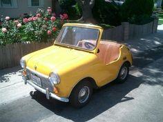 Tiny car! So cute!