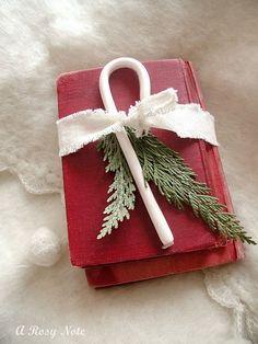 Simple but pretty napkin idea