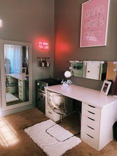 neon sign, vanity, good vibes only, mini fridge, makeup Cute Bedroom Decor, Bedroom Decor For Teen Girls, Room Design Bedroom, Teen Room Decor, Room Ideas Bedroom, Home Room Design, Small Room Bedroom, Couple Bedroom, Bedroom Ideas For Small Rooms