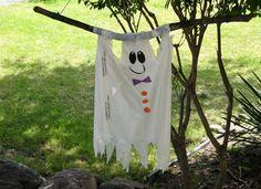 ghostly flag Halloween decoration idea for Halloween craft