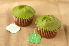 Hummingbird High - A Desserts and Baking Food Blog in Portland, Oregon: Hummingbird Bakery Green Tea Cupcakes Recipe (Adapted for High-Altitude)