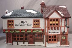 DEPARTMENT DEPT 56 OLD CURIOSITY SHOP CHRISTMAS HOLIDAY DICKENS VILLAGE BUILDING