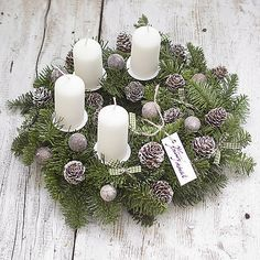 Christmas Wreaths, Christmas Decorations, Holiday Decor, Blog, Home Decor, Life, Christmas Garlands, Homemade Home Decor, Holiday Burlap Wreath