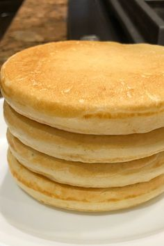 Fresh buttermilk is the secret ingredient for light and fluffy cakes in this buttermilk pancake recipe. Fluffy Pancakes, Buttermilk Pancakes, Village Inn Pancakes Recipe, Old Fashioned Pancake Recipe, Best Pancake Recipe Ever, Pancake Parlour, Breakfast Ideas, Breakfast Recipes, Breakfast Casserole