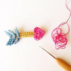 Crochet a Cupid's Heart Arrow Brooch - Tutorial ❥ 4U // hf