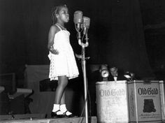 7 yr. old Gladys Knight in 1951. Ted Mack Amateur Hour. She won.