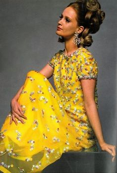 Dress by Belinda Bellville. UK Vogue, 1967.