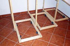 La prima cosa da fare per la costruzione dei moduli scorrevoli, è quella di costruire i tre basamenti con le rotelle