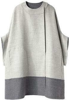 Tsumori Chisato / River Docking Cape Coat this makes so much sense. Mode Bollywood, Mode Kimono, Jackett, Cape Coat, Mode Hijab, Mode Inspiration, Sewing Clothes, Hijab Fashion, Lehenga