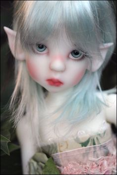 Fair skin Layla Elf, Kaye Wiggs....not necessarily in the cute catagory, but I like this.