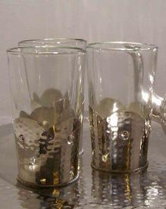 Bicchieri marocchini (Artigianato Marocco, Metalli, teiere, ciotole) di Artigianato Vulcano, eCommerce specializzato nella vendita di articoli etnici, marocchini e orientali.