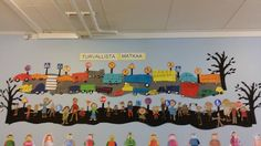 Katja Puoskari / Alakoulun aarreaitta Science Art, Science And Nature, Library Bulletin Boards, Classroom Decor, Second Grade, Murals, Autumn, Classroom, Poster