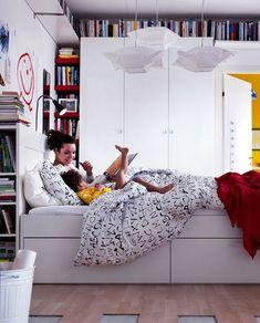 Unique beautiful new bedroom storage solutions 21 Rooms Ideas, Room Ideas Bedroom, Bedroom Furniture, Bedroom Decor, Bedroom Designs, Kids Bedroom, Small Space Storage, Vertical Storage, Storage Spaces