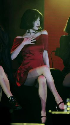 ღ Usagi Jieun ღ Asian Woman, Asian Girl, Iu Fashion, Korean Actresses, Shows, Celebs, Celebrities, Korean Beauty, K Idols