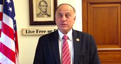 Rep. Steve King gets hilarious new Wikipedia name after he bizarrely claims to be Hispanic