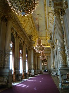 Teatro Colón in Buenos Aires, Argentina - a place as beautiful on the inside, as the outside.Maria Callas had her Buenos Aires debut here and sang Puccini's Turandot, 20 May from Maggie to Dia (sofia a. Latin America, South America, Beautiful World, Beautiful Places, Amazing Places, Art Nouveau Arquitectura, Grand Homes, Buckingham Palace, Adventure Is Out There