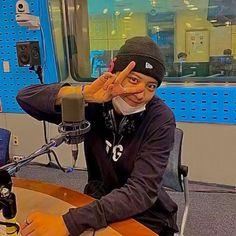 Park Chanyeol Exo, Kpop Exo, Baekhyun, Exo Dancing King, Exo 12, Exo Songs, Louis Tomlinsom, Chanbaek, Anime Films