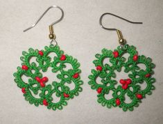 Tatted wreath earrings Christmas holiday tatting by TattingByWendy