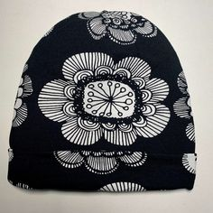 Pipon ompeluohje (+ maksuton PDF-kaava) - Unelmallinen ompelublogi Bucket Hat, Beanie, Sewing, Hats, Fashion, Caps Hats, Moda, Dressmaking, Bob