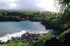 <p>Waianapanapa Black Sand Beach</p>