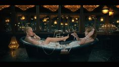 First Look! Ellen Scores Deleted Scenes from Taylor Swift's 'Look What You Made Me Do' - YouTube
