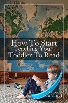 How to Teach Your Child to Read - awesome list on how to start teaching your toddler to read Give Your Child a Head Start, and.Pave the Way for a Bright, Successful Future. Toddler Learning Activities, Teaching Kids, Kids Learning, Learning How To Read, How To Teach Reading, How To Teach Phonics, Learning Games, Learning Spanish, Juegos Baby
