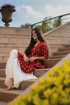 Beautiful Girl like Fashition Best Photo Poses, Girl Photo Poses, Girl Poses, Photo Shoot, Portrait Photography Poses, Photography Poses Women, Photography School, Indian Photography, Photography Editing