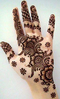 Mehndi Designs For Girls, Mehndi Designs For Beginners, Unique Mehndi Designs, Beautiful Henna Designs, Mehndi Designs For Fingers, Mehndi Design Images, Arabic Mehndi Designs, Bridal Mehndi Designs, Mehandi Designs