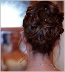 Need your hair done for your wedding? For a mobile wedding hairdresser, call Lizzy's Mobile Hairdressing on 07977 230 696