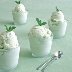 Pair your mint outfit with some mint ice cream this summer!