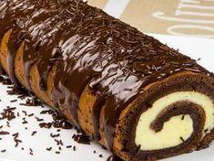 "Ruladă ""Zi și noapte"" – o adevărată capodoperă culinară Romanian Desserts, Romanian Food, Waffle Cake, Christmas Dishes, French Desserts, Cake Bars, Eat Dessert First, Sweets Recipes, Something Sweet"